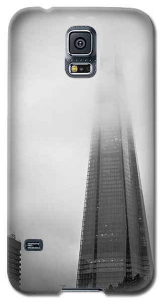 Galaxy S5 Case featuring the photograph Slicing Through The Mist by Lenny Carter