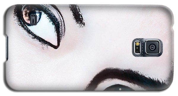 Galaxy S5 Case featuring the digital art Smokey Eyes Of A Woman by Ester  Rogers