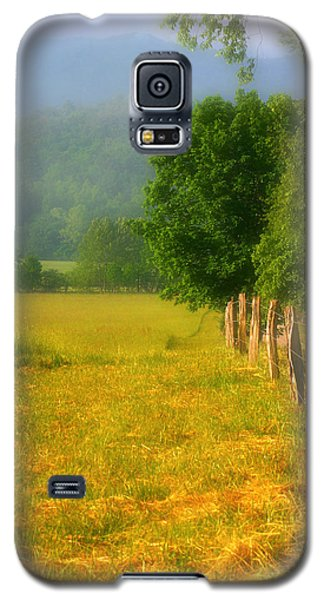 Smoky Mountains Cades Cove Galaxy S5 Case by Cindy Haggerty