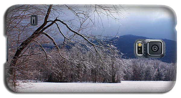 Galaxy S5 Case featuring the photograph Snow And Ice by Paul Mashburn