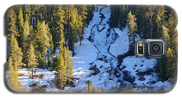 Galaxy S5 Case featuring the photograph Snowy Heart Falls by Lynn Bauer
