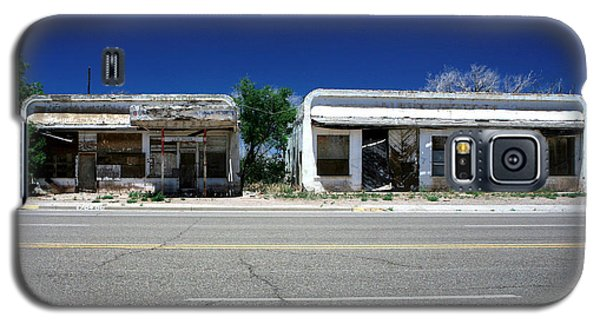 Galaxy S5 Case featuring the photograph Somewhere On Hwy 285 Number Two by Lon Casler Bixby