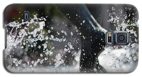 Galaxy S5 Case featuring the photograph Sploosh by Stephanie Nuttall