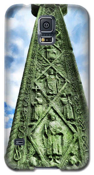 Galaxy S5 Case featuring the photograph St Augustines Cross Close Up by Steve Taylor