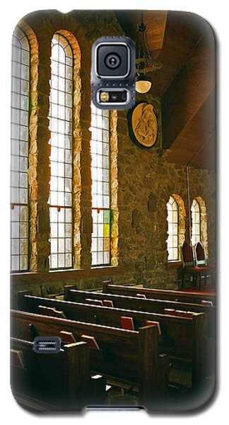 Galaxy S5 Case featuring the photograph St Malo Church by David Pantuso