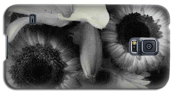 Galaxy S5 Case featuring the photograph Subterranean Memories 5 by Lenore Senior