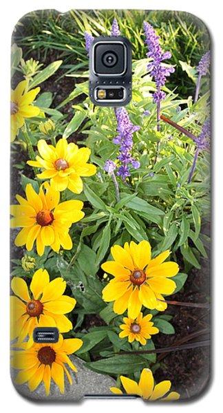 Galaxy S5 Case featuring the photograph Summer Garden by Robin Regan