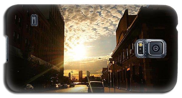 City Sunset Galaxy S5 Case - Summer Sunset Over A Cobblestone Street - New York City by Vivienne Gucwa