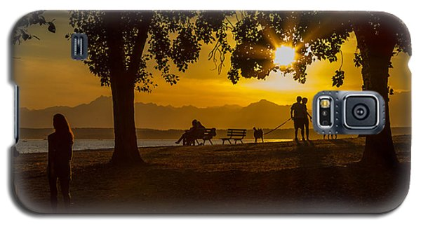 Galaxy S5 Case featuring the photograph Summer's Last Sunset by Ken Stanback