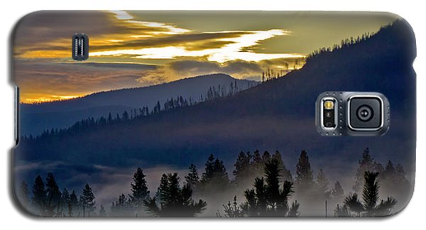 Galaxy S5 Case featuring the photograph Sunrise And Valley Fog by Albert Seger