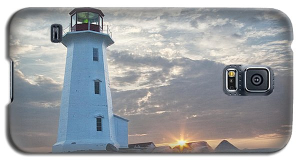 Sunrise At Peggys Cove Lighthouse In Nova Scotia Number 041 Galaxy S5 Case