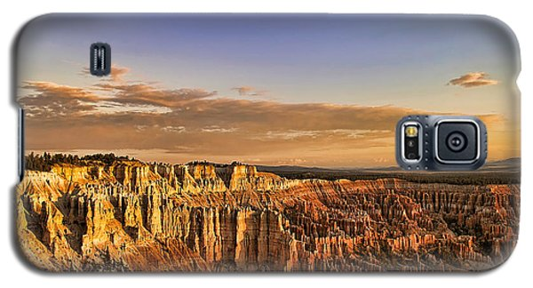 Galaxy S5 Case featuring the photograph Sunrise Over The Hoodoos by Anne Rodkin