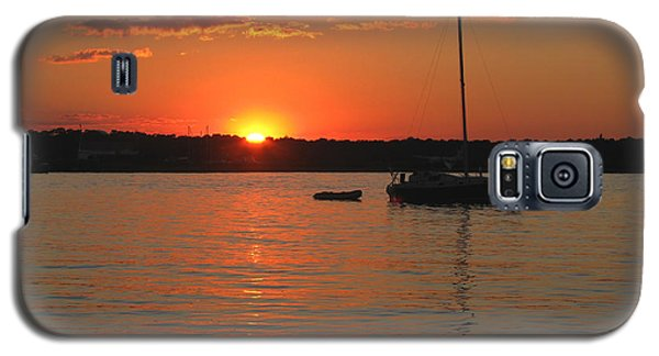 Galaxy S5 Case featuring the photograph Sunset Cove by Clara Sue Beym