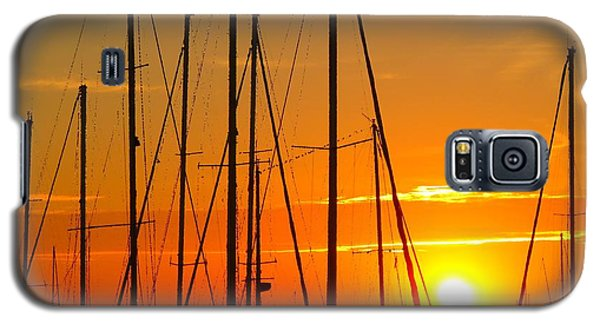 Galaxy S5 Case featuring the mixed media Sunset In A Harbour Digital Photo Painting by Rogerio Mariani