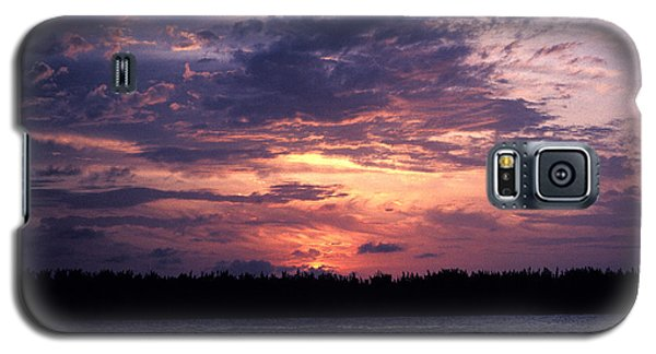 Galaxy S5 Case featuring the photograph Sunset Off Mallory Square 14s by Gerry Gantt