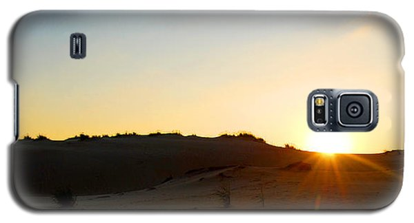 Sunset On The Dunes Galaxy S5 Case