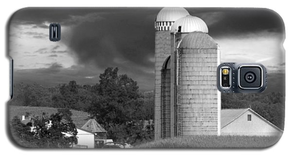 Sunset On The Farm Bw Galaxy S5 Case