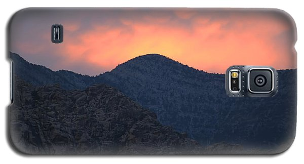 Galaxy S5 Case featuring the photograph Sunset Over Red Rock by Art Whitton