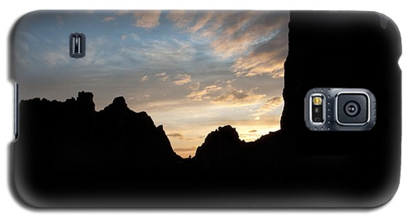 Sunset With Rugged Cliffs In Silhouette Galaxy S5 Case