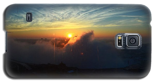 Galaxy S5 Case featuring the photograph Sunsrise At Niagara by Pravine Chester