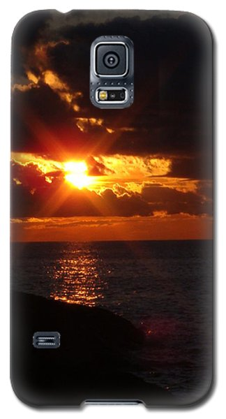 Galaxy S5 Case featuring the photograph Superior Sunset by Bonfire Photography