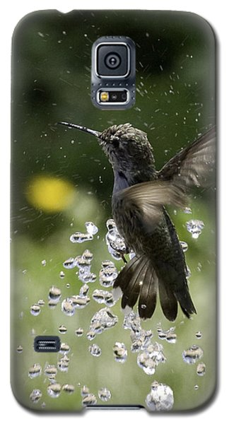 Surfing The Drops Of Water Galaxy S5 Case by Betty Depee