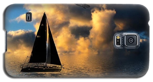 Galaxy S5 Case featuring the photograph Surreal Seaside by Cindy Haggerty