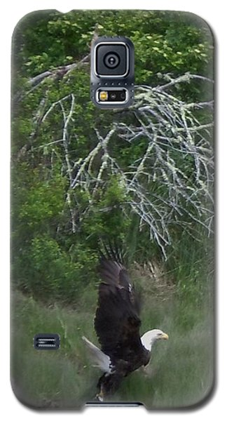 Galaxy S5 Case featuring the photograph Taking Home The Catch by Francine Frank