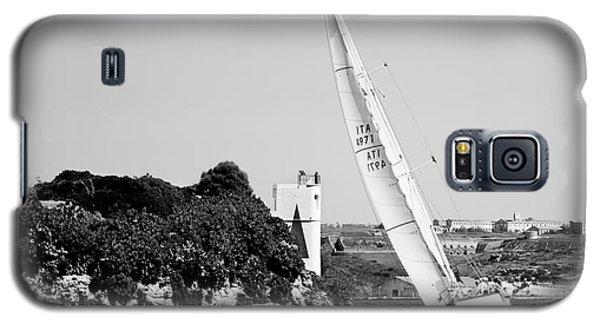 Galaxy S5 Case featuring the photograph Tall Ship Race 1 by Pedro Cardona