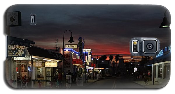 Galaxy S5 Case featuring the photograph Tarpon Springs After Sundown by Ed Gleichman