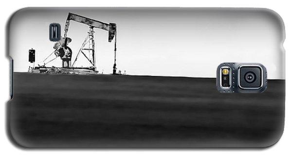 Galaxy S5 Case featuring the photograph Tenacious Deus Ex Machina  by Lin Haring