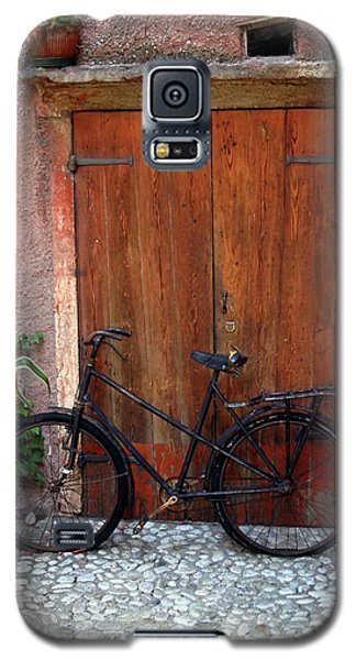 Galaxy S5 Case featuring the photograph The Bicycle by Emanuel Tanjala