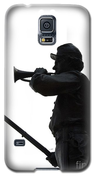 Galaxy S5 Case featuring the photograph The Bugler by Cindy Manero