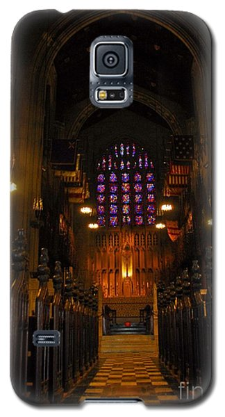 Galaxy S5 Case featuring the photograph The Chapel At Valley Forge Park by Cindy Manero