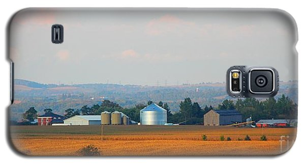 Galaxy S5 Case featuring the photograph The Countryside by Davandra Cribbie