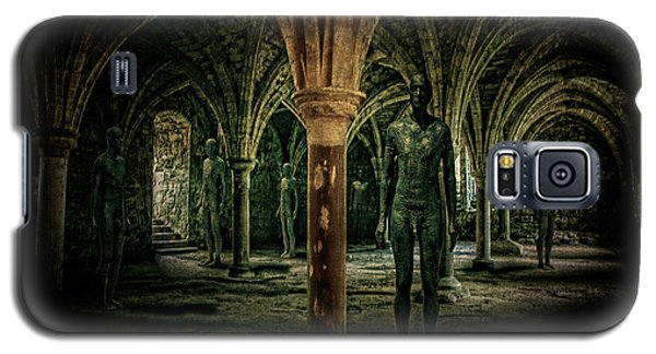 Galaxy S5 Case featuring the photograph The Crypt by Chris Lord