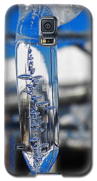 Galaxy S5 Case featuring the photograph The Droop by Steve Taylor