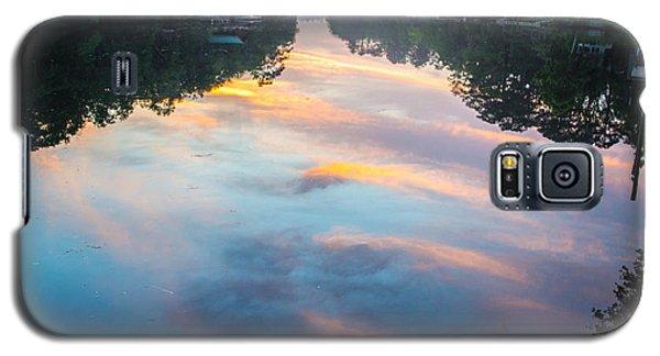 The Mirror Galaxy S5 Case