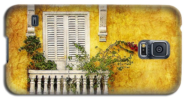 Galaxy S5 Case featuring the photograph The Old City by Blair Wainman