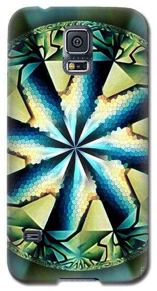 The Waves Of Silk Galaxy S5 Case by Danuta Bennett