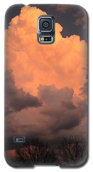Galaxy S5 Case featuring the photograph Thunderhead In Twilight by Scott Rackers