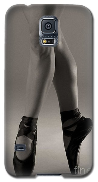 Galaxy S5 Case featuring the photograph Tiny Dancer by Angelique Olin