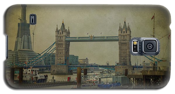 Galaxy S5 Case featuring the photograph Tower Bridge. by Clare Bambers