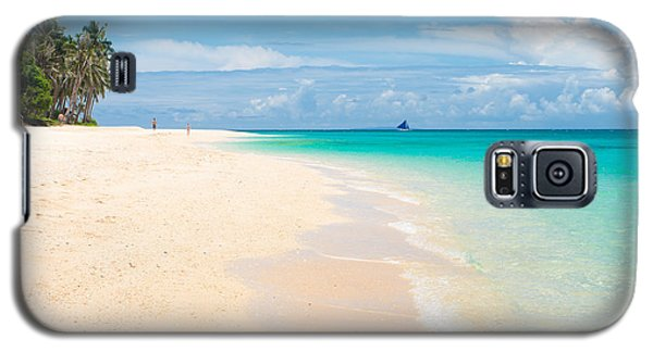 Galaxy S5 Case featuring the photograph Tropical Beach by Hans Engbers
