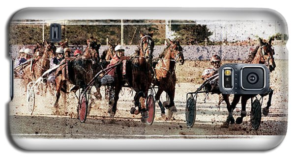 Galaxy S5 Case featuring the photograph Trotting 3 by Pedro Cardona