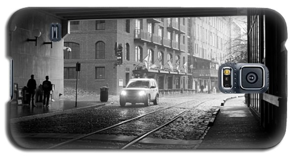 Galaxy S5 Case featuring the photograph Tunnel I by Lynn Palmer
