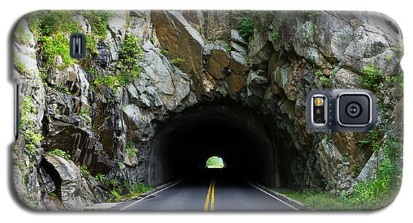 Tunnel On A Lonely Road Galaxy S5 Case