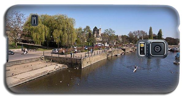 Galaxy S5 Case featuring the photograph Twickenham On Thames by Maj Seda