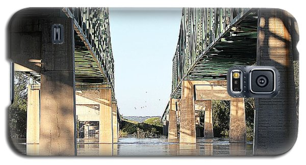 Galaxy S5 Case featuring the photograph Twin Bridges by Elizabeth Winter