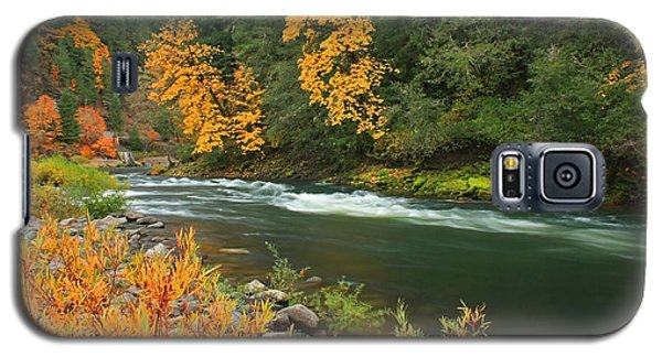 Galaxy S5 Case featuring the photograph Umpqua In The Fall by Tyra  OBryant